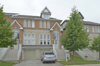 Huge Mississauga townhouse! 4 bdrms - amazing location!