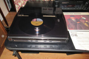 Stereo Turntable... Plus choose 15 LP Records Included