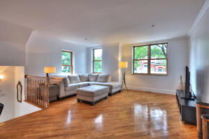 Town House for sale in Westmount