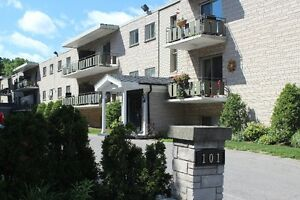 Waiting list only at 101 and 100 Veronica Avenue London London Ontario image 1