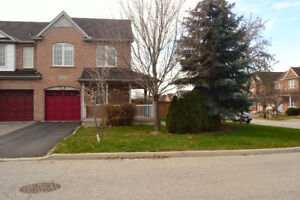 Single Family House For Lease - Churchill Meadow