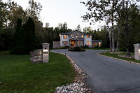 Luxurious house in Rideau Forest for Sale.  Manotick
