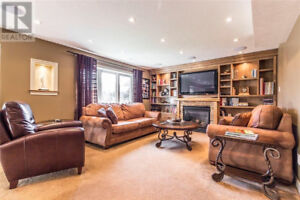 One Bedroom plus Den Walkout Apartment - South End Guelph