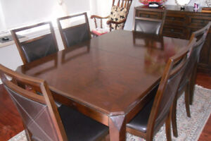 Vintage Cabinet & Extendable Dinning Table Set