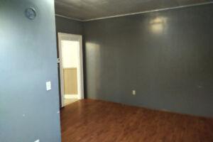 1 bedroom in hantsport,  pet friendly. $800/all inc