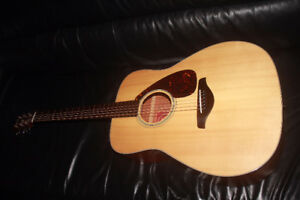 guitare YAMAHA guitar