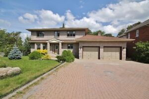 LARGE 2800 sq ft 4 bed home @ Experimental Farm on 90'x157' lot