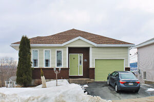 NEW TO MARKET  10 Meadowvale Place   MLS®1154279