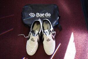 Daedo Taekwondo Shoes Size 9 Mens