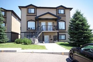 Ranchlands - 3 Bedroom Bungalow Style Townhome