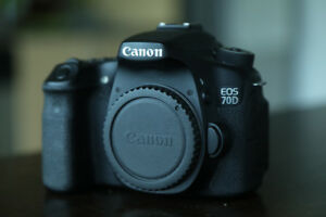Canon 70D body for sale