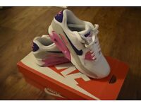 Nike Air Max 90 essentials ladies