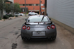 2015 Nissan GT-R Black Edition ** Low mileage/accident free **