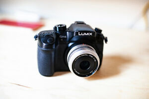 GH4 Camera low shutter count + 2 Lenses + 64GB High-Speed SD