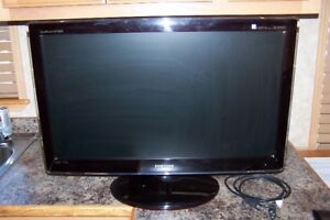 FOR SALE SAMSUNG HD TV