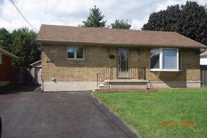 LOOKING FOR HOUSE RENTAL FOR  SEPT 2017? AT FANSHAWE