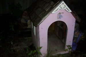 ♥TWO CUSTOM VICTORIAN DOG HOUSES WITH SHINGLED ROOFS $70 & $50♥