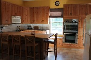 Short-Term Rental/Vacation Rental in Lindsay - Weekly or Monthly Kawartha Lakes Peterborough Area image 1