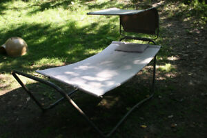 Hammock with stand in great condition. Sturdy and Cozy.