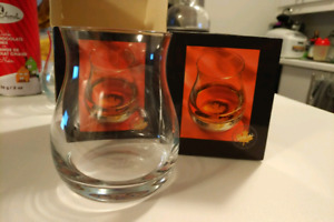 Official Canadian Whisky Glass (new)