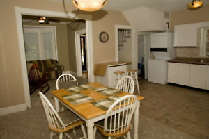 Great 3 bedroom house, downtown, with laundry and parking!