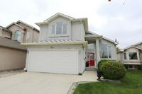 Perfect 4 Bedroom Family Home in Island Lakes!  $424,900