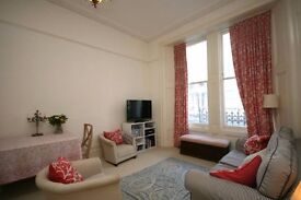 Double Room available in a cozy 2-bedroom flat in West Kensington/Baron's Court