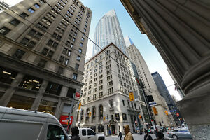 SHARED EXECUTIVE OFFICE SPACES IN TORONTO'S FINANCIAL CORE