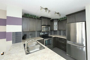 Windermere - Well Kept 3Bed Duplex w/ Partial Finished Bsmt