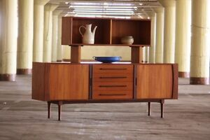 MCM RS Associates Buffet and Hutch