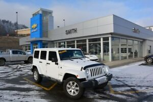 2014 Jeep Wrangler Unlimited Sahara Unlimited 6-Speed
