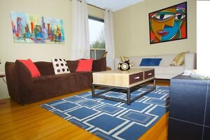 3 Bedroom and 1.5 Bathrooms townhouse condo