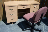 Desk with 7 drawers + chair