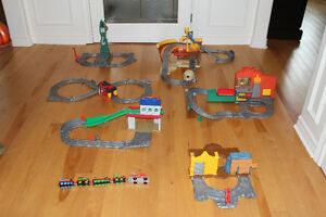REDUCED PRICE! Thomas the Train - Take and Playsets