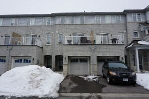 3 Bedroom Townhouse in Ajax for Rent