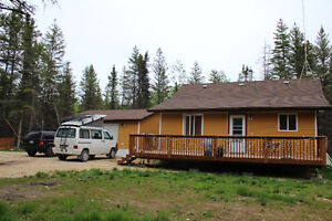 Little Retreat in the Forest - for rent just North of Gimli