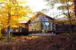 SPECTACULAR SECLUDED VICEROY HOME  on Eagle Lake!