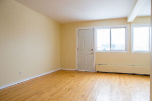 Bachelor Apt just up from Oromocto Mall
