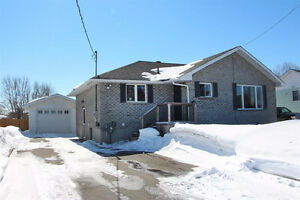 OPEN HOUSE 377 Sydenham Rd Sunday March 26 from 1-3pm