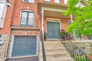 Home In Desirable Vaughan Area For Sale