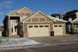 Pet Friendly- 5Bed, 3Bath Executive Home in Ryder's Ridge