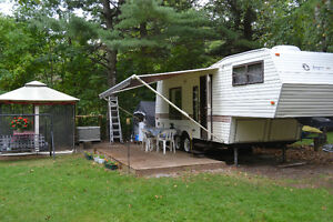 1989 24ft Jayco 5th wheel