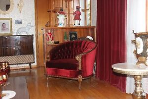 Living Room Set ( 3 pcs ) French Style Couch,Love Seat & Chair ) London Ontario image 3