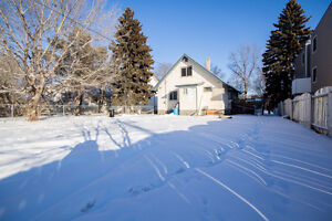 Beautiful house for sale near Kingsway & NAIT!