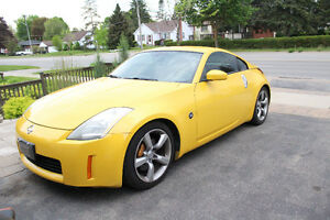 2005 Nissan 350Z 35th w/Black Seats Coupe (2 door) $13900 obo