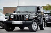 2011 Jeep Wrangler Sahara 4x4  2TOITS