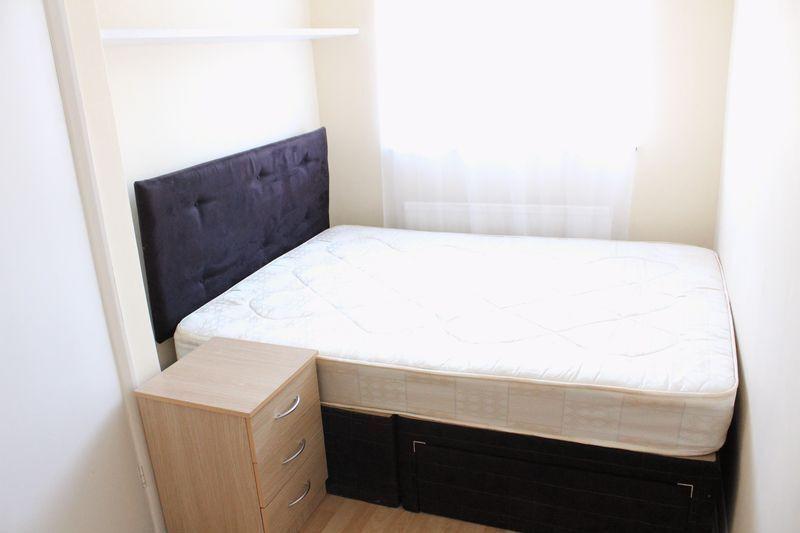 1 bedroom apartment / studio in Elizabeth Ride, London, N98