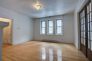 WOW! AMAZING RENOS & LOCATION - 2 & 3 BED UNITS - MCGILL/CONCO