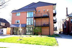 November 1st - Large Clean One Bedroom - 388 Dufferin Ave