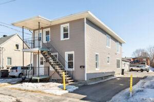 4plex rénové dans un secteur locatif exceptionnel de St-Jean